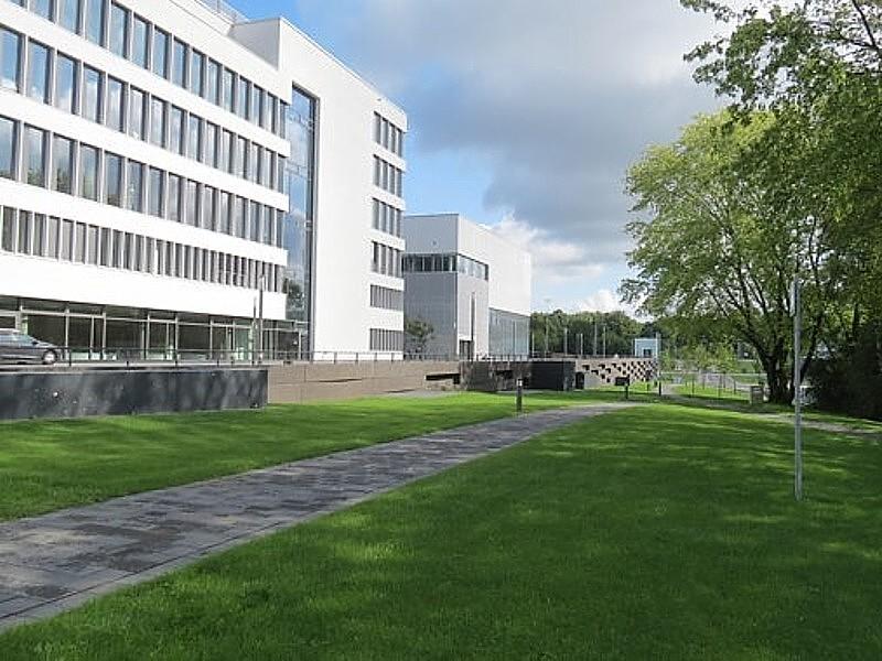 Gesundheitscampus in bochum norbert amberg landschaftsarchitektur - Architekt amberg ...